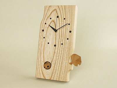 小さな森の時計